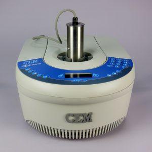 CEM Discover LabMate: Síntesis por microondas