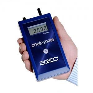 chek-mate - Calibrador para bombas de muestreo de SKC distribuido por Vertex Technics